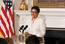 Elizabeth Alexander speaks at the White House