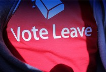 T-shirt that says Vote Leave supporting the choice for UK to leave the EU