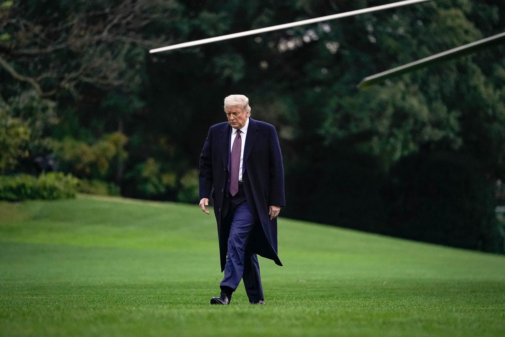 President Trump arrives on the White House lawn, October 1, 2020, after attending a fund raiser in New Jersey