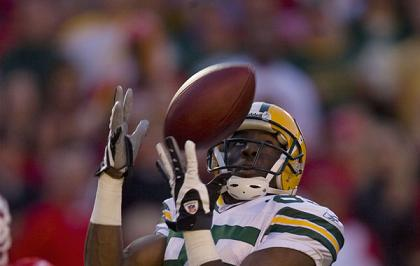 Green Bay's Greg Jennings catches a pass in Sunday's game at Kansas City (photo from NFL.com)