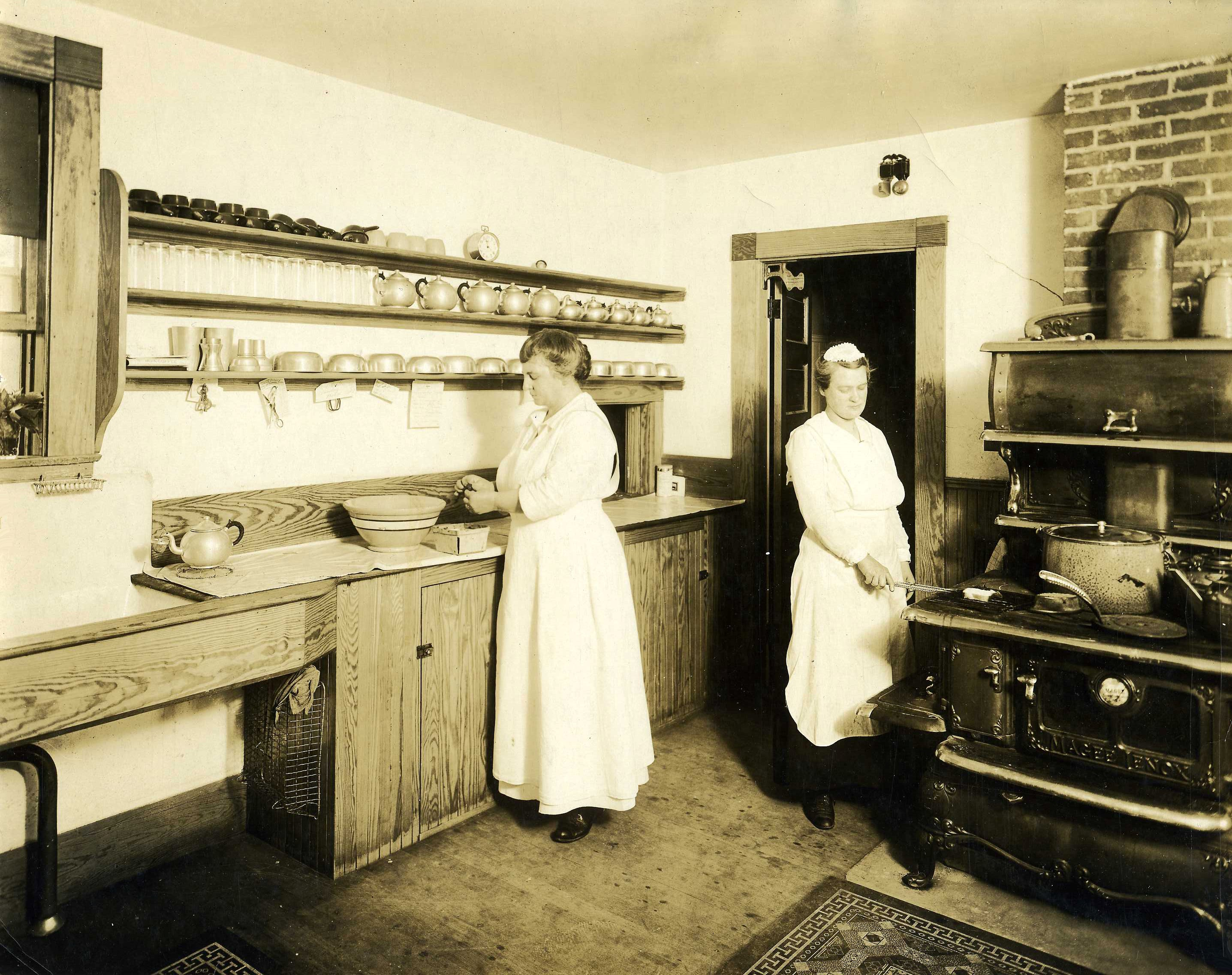 Lenore S Kitchen