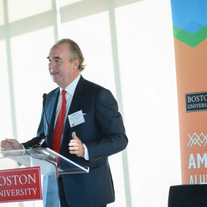 University trustee Maurice R. Ferré applauded the first Latin American Alumni Summit in Miami as the real start of the University's outreach to an ever-more-important community.