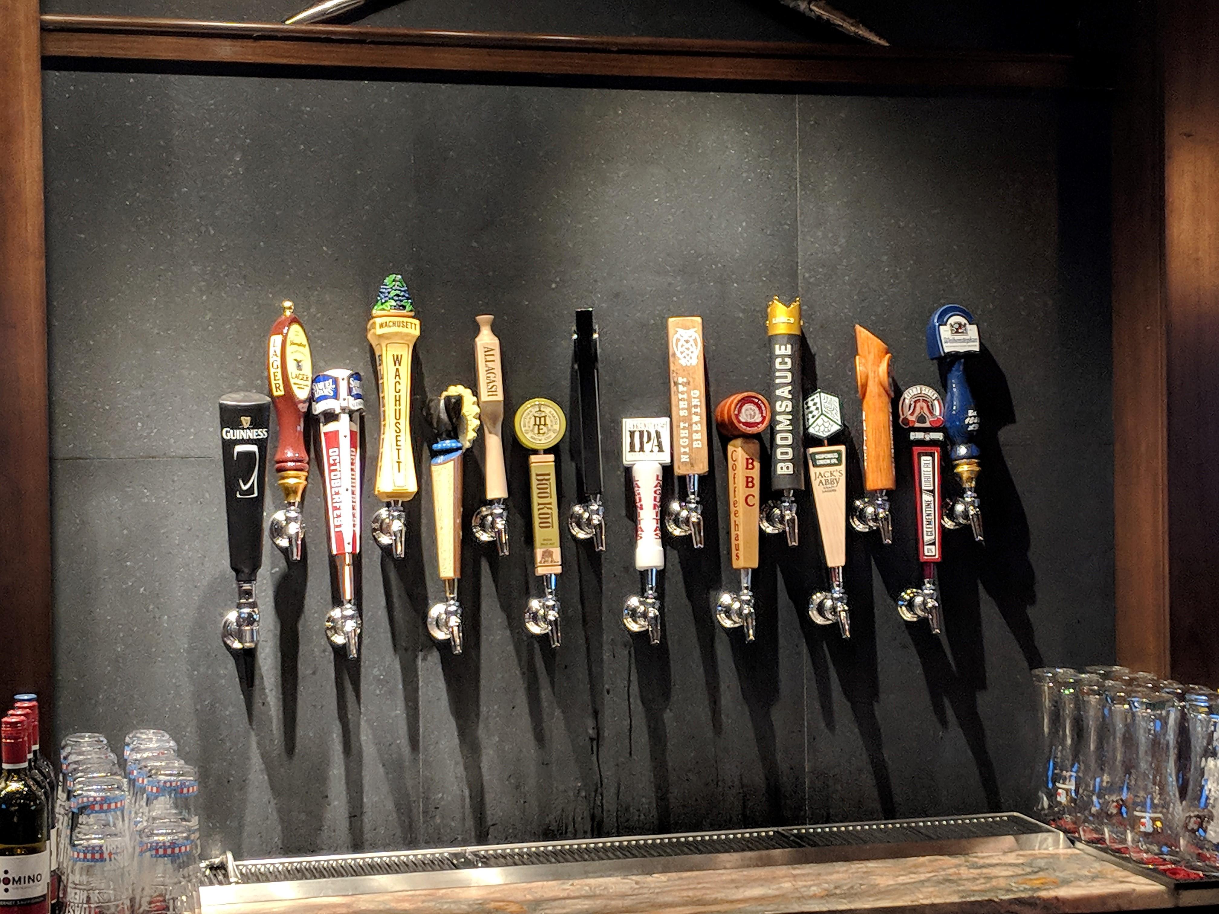 Fuller's BU Pub   Dining Services