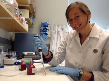 CIMIT Prize finalist Margo Monroe (BME) working to develop a new diagnostic assay for allergen detection.