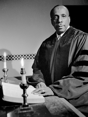 Howard Thurman, Boston University, Marsh Chapel dean