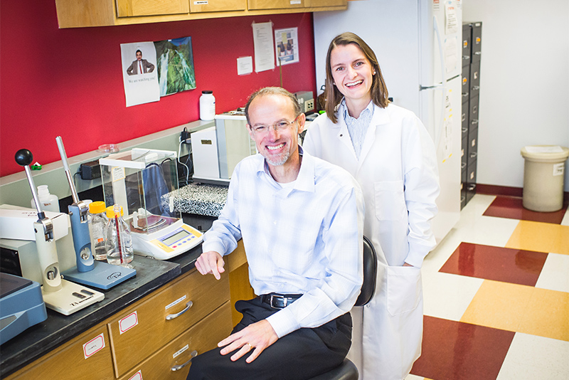 Professor Mark Grinstaff and Marlena Konieczynska in the Grinstaff Lab at Boston University