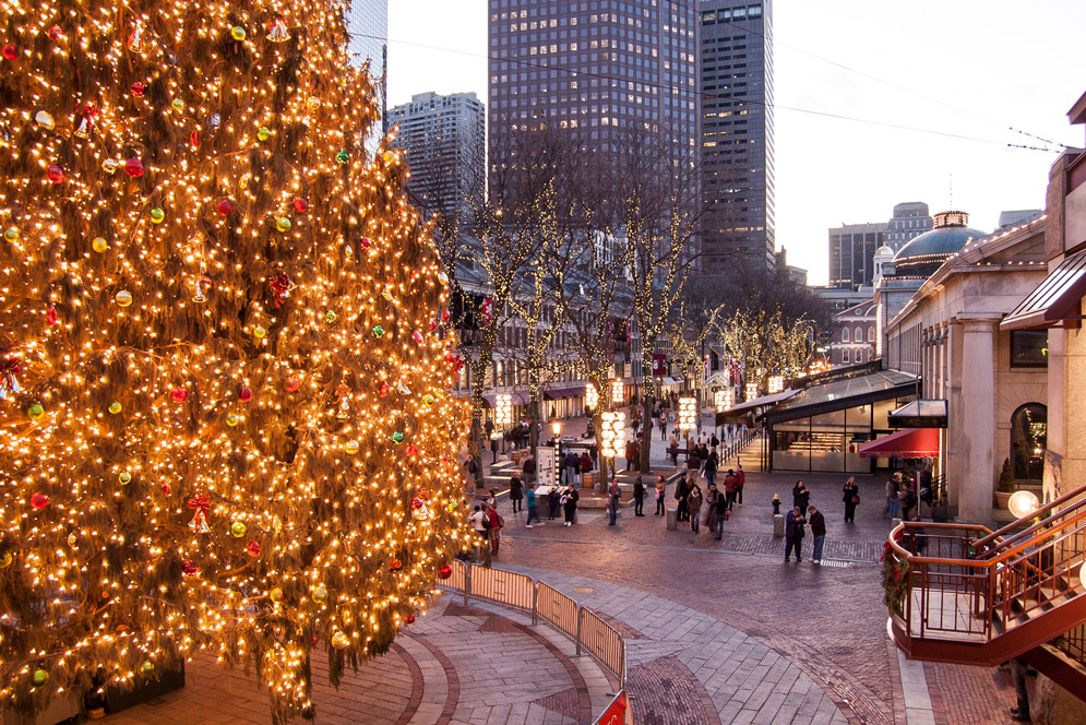 Christmas In Boston Images.How To Spend The Holidays In Boston Bu Today Boston