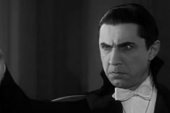 A still of Bela Lugosi playing Dracula in the 1931 film