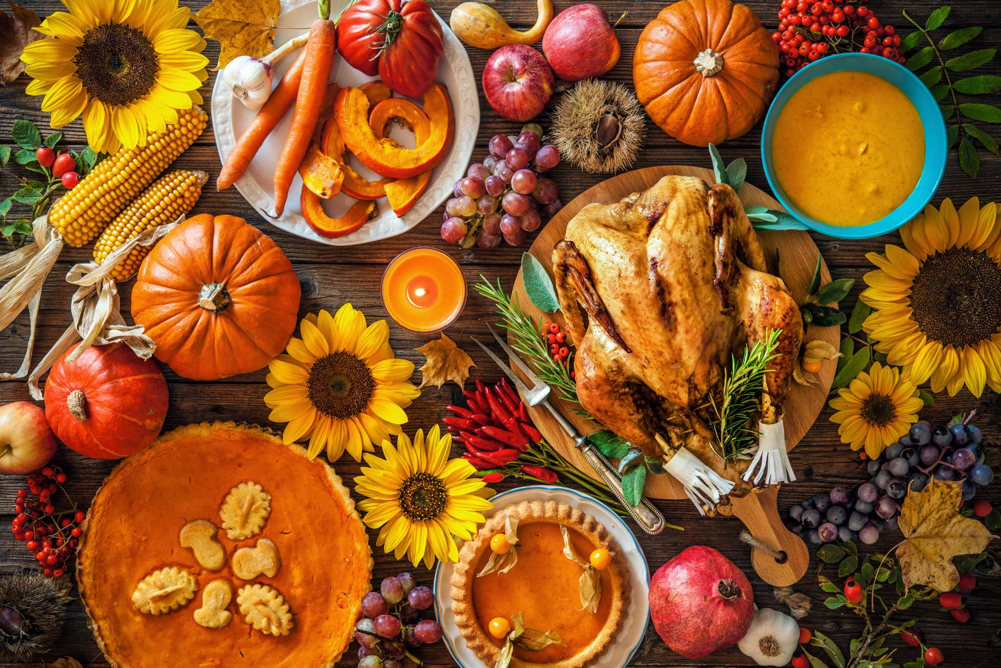 Photo of a Thanksgiving table spread.