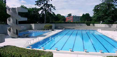 Beaches and water activities geneva boston university for Piscine 50 metres